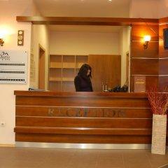 Отель Adeona SKI & SPA Болгария, Банско - отзывы, цены и фото номеров - забронировать отель Adeona SKI & SPA онлайн интерьер отеля фото 2
