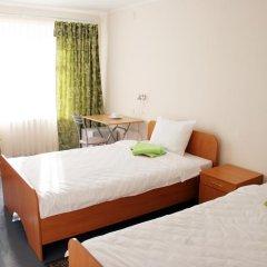 Отель Аэропорт Мурманска Мурманск комната для гостей фото 3