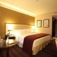 Гостиница Шератон Палас Москва 5* Улучшенный номер с различными типами кроватей фото 3