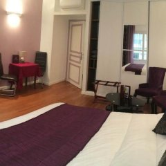 Отель Hôtel Paris Gambetta 3* Улучшенная студия с различными типами кроватей фото 5