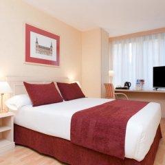 Отель Senator Castellana (I) 3* Стандартный номер с двуспальной кроватью фото 11