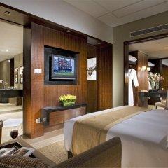 Отель Grand Millennium Beijing 5* Улучшенный номер с различными типами кроватей фото 3