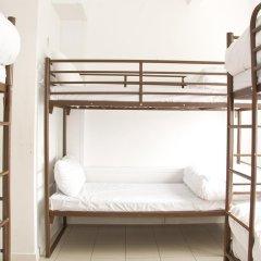 Отель Restup London Кровать в общем номере фото 7