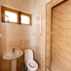 Отель Tbili Hostel Грузия, Тбилиси - отзывы, цены и фото номеров - забронировать отель Tbili Hostel онлайн ванная