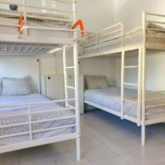 Lisbon Cosy Hostel Кровать в общем номере с двухъярусной кроватью
