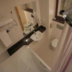 Отель Premier Inn Dubai International Airport 3* Стандартный номер с различными типами кроватей