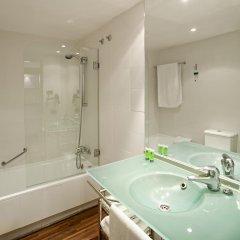 AC Hotel La Linea by Marriott ванная