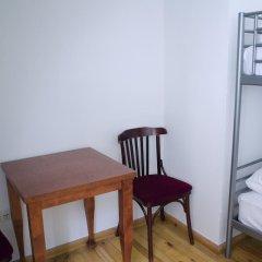 Red Nose - Hostel Стандартный номер с различными типами кроватей фото 6