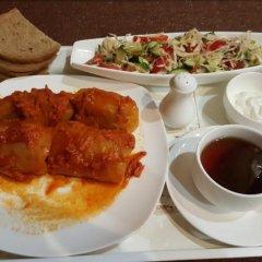 Гостиница Gostinnyj Dvor в Шебекино отзывы, цены и фото номеров - забронировать гостиницу Gostinnyj Dvor онлайн питание