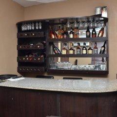 Отель Fortees Suite гостиничный бар