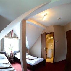 Отель Route One - Restauracja & Pokoje Hotelowe комната для гостей фото 3