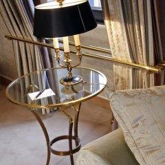 Отель Warwick Brussels 5* Люкс Royal с двуспальной кроватью фото 6