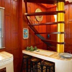Отель Villa Siam Lanna @ Golden Pool Villas Ланта гостиничный бар