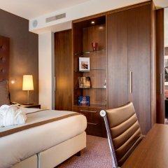 Отель Crowne Plaza Amsterdam South 4* Улучшенный номер с двуспальной кроватью