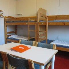 Stadion Hostel Helsinki Кровать в мужском общем номере с двухъярусными кроватями
