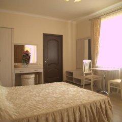 Мини-отель Версаль Улучшенный номер с двуспальной кроватью фото 10