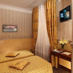 Hotel Condotti 3* Стандартный номер с двуспальной кроватью фото 7