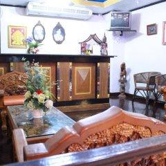 Отель The Little Mermaid Guesthouse And Restaurant пляж Ката интерьер отеля фото 3