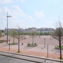 Отель Appartements Bellecour - Riva Lofts & Suites Франция, Лион - отзывы, цены и фото номеров - забронировать отель Appartements Bellecour - Riva Lofts & Suites онлайн парковка