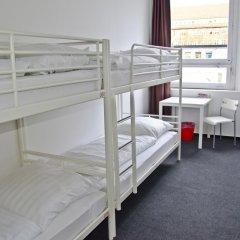 Check In Hostel Berlin Кровать в общем номере с двухъярусной кроватью фото 4