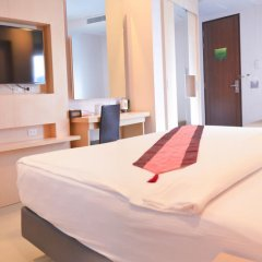 Отель Andatel Grandé Patong Phuket 4* Улучшенный номер с двуспальной кроватью фото 5