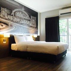 Отель @Hua Lamphong 2* Номер Делюкс с различными типами кроватей фото 5