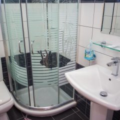 Отель Mucobega Hotel Албания, Саранда - отзывы, цены и фото номеров - забронировать отель Mucobega Hotel онлайн ванная фото 2