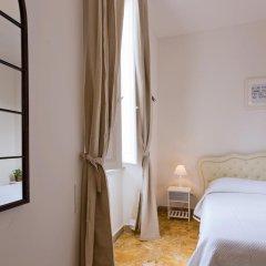 Отель TownHouse by the Spanish Steps Апартаменты с различными типами кроватей