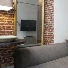 Отель Yellow & Red Tulip Apartment Нидерланды, Амстердам - отзывы, цены и фото номеров - забронировать отель Yellow & Red Tulip Apartment онлайн комната для гостей