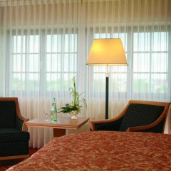 Maritim Hotel & Internationales Congress Center Dresden 4* Стандартный номер с различными типами кроватей фото 2