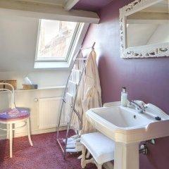 Отель B&B In Bruges 4* Стандартный номер с различными типами кроватей фото 10