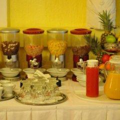 Отель Galerija питание фото 2
