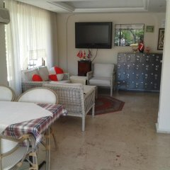 Defne & Zevkim Hotel комната для гостей