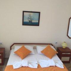Отель Serbezovi Guest House Поморие комната для гостей фото 5