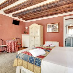 Отель Alloggi Al Gallo 2* Стандартный номер с двуспальной кроватью фото 4