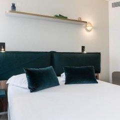 Отель Hôtel Champs Elysees Friedland 4* Стандартный номер с различными типами кроватей