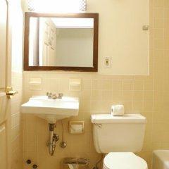 Отель Americana Inn 2* Стандартный номер с двуспальной кроватью (общая ванная комната) фото 12