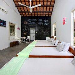 Отель Gia Bao Phat Homestay Стандартный семейный номер с двуспальной кроватью
