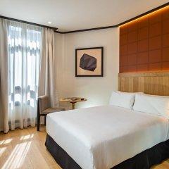 Отель H10 Puerta de Alcalá 4* Стандартный номер с двуспальной кроватью фото 9