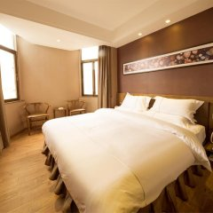 Отель Yingshang Dongmen Branch 4* Стандартный номер фото 4