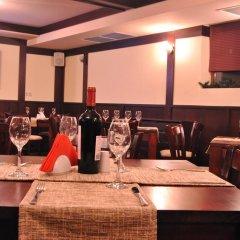 Отель Adeona SKI & SPA Болгария, Банско - отзывы, цены и фото номеров - забронировать отель Adeona SKI & SPA онлайн гостиничный бар
