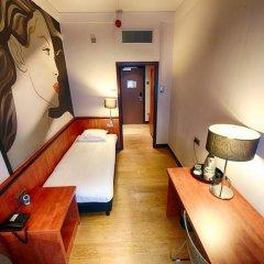 Отель Apollo Hotel Utrecht City Centre Нидерланды, Утрехт - 4 отзыва об отеле, цены и фото номеров - забронировать отель Apollo Hotel Utrecht City Centre онлайн комната для гостей фото 5