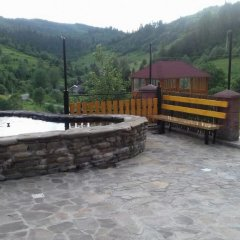Гостиница Privatna Sadiba Chalet бассейн
