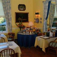 Отель Colindale Guest House питание
