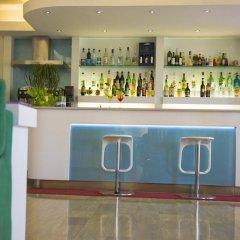 Hotel Kon Tiki Нумана гостиничный бар
