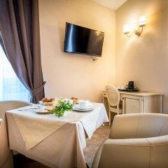 Отель Sognando Firenze 3* Улучшенный номер с различными типами кроватей фото 19