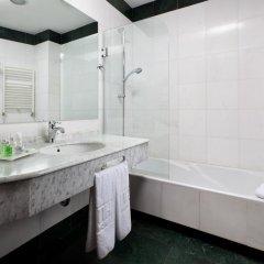 Hesperia Granada Hotel 4* Стандартный номер с двуспальной кроватью фото 4