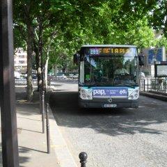 Отель At Home in Paris Булонь-Бийанкур городской автобус