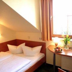 Отель Landhotel Dresden 3* Стандартный номер с различными типами кроватей фото 8