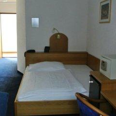 Отель Pension Schonbrunn Вена комната для гостей фото 5